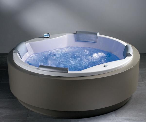 ванна акриловая RIHO CARMEN 180х180