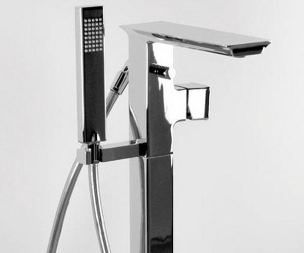 смеситель для ванны BRAVAT PHILLIS