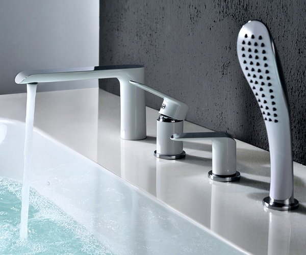 смеситель для ванны IDDIS CALIPSO