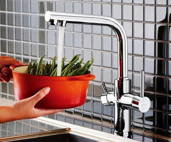 смеситель для кухни VITRA SPLIT с каналом для фильтрованной воды